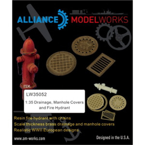 [LW35052] 1:35 Drainage and manhole covers WWII German style.  Realistic thickness brass